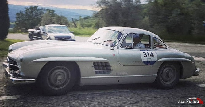 mercedes gullwing-2